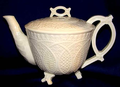 Lace Pattern Tea Pot