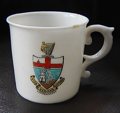 Londonderry Crest to Mug